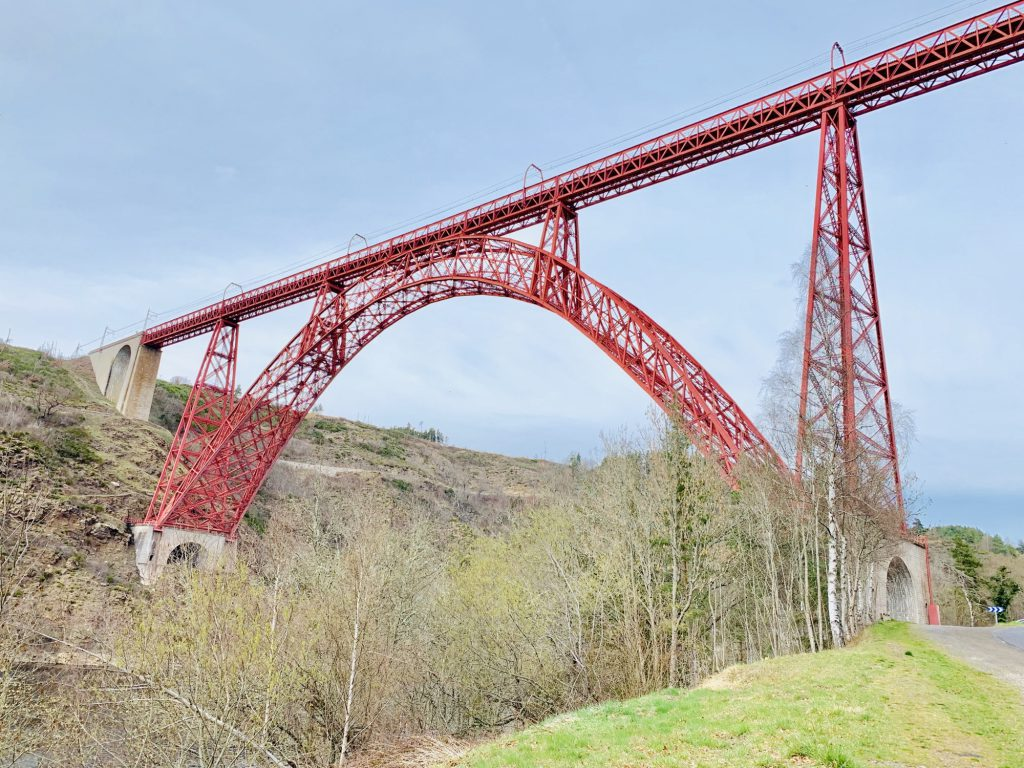Garabit viaduct from the side
