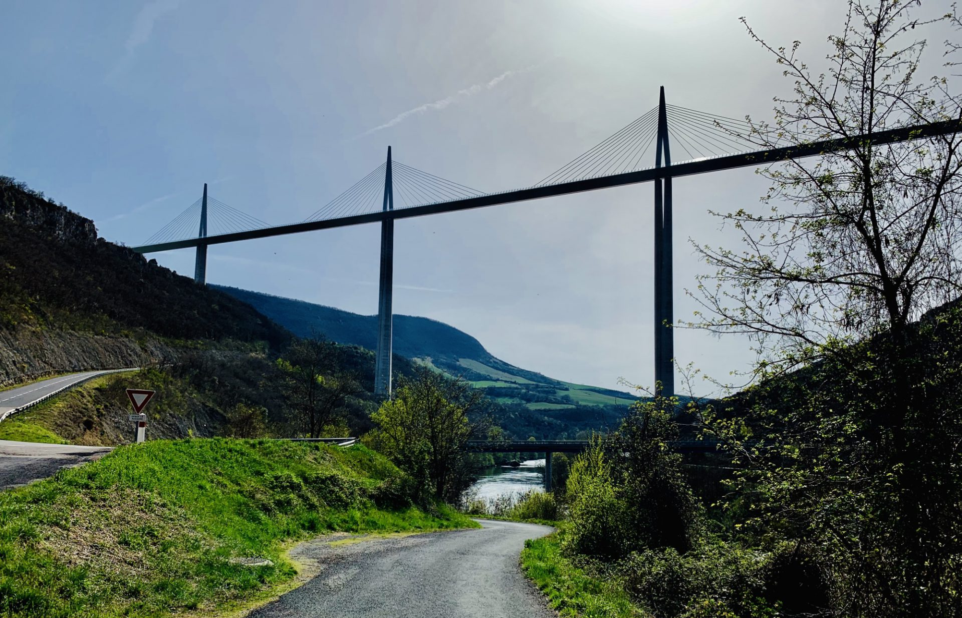 Giant Structures, Strange Ducks, Cold Water and All Things Sticky in Millau
