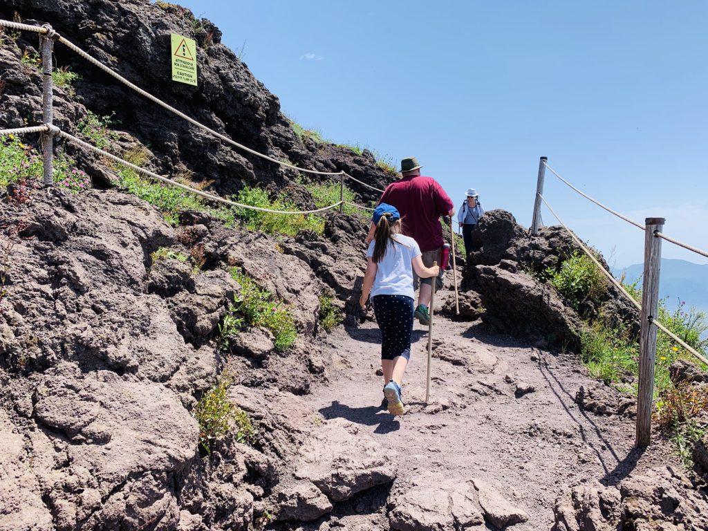 Walking round the crater of Mount Vesuvius